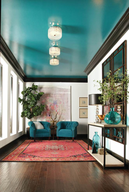 How to make your house look expensive on a budget, accent wall colour, teal ceiling