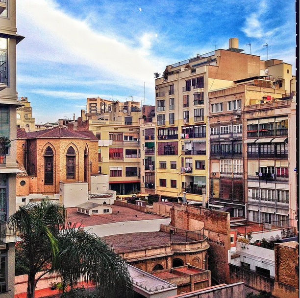 5 Reasons to Pack your Bags and Go to Spain, Barcelona buildings, barcelona rooftop